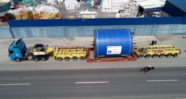 90 tekerlekli TIR, 147.5 tonluk yükü 250 kilometre mesafeye 3 günde ulaştırdı
